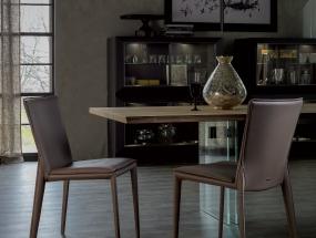 Tavolo e sedie Vittoria